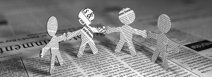 El periodismo y la comunicación social de los artículos de periodistas. Prevención del suicidio.